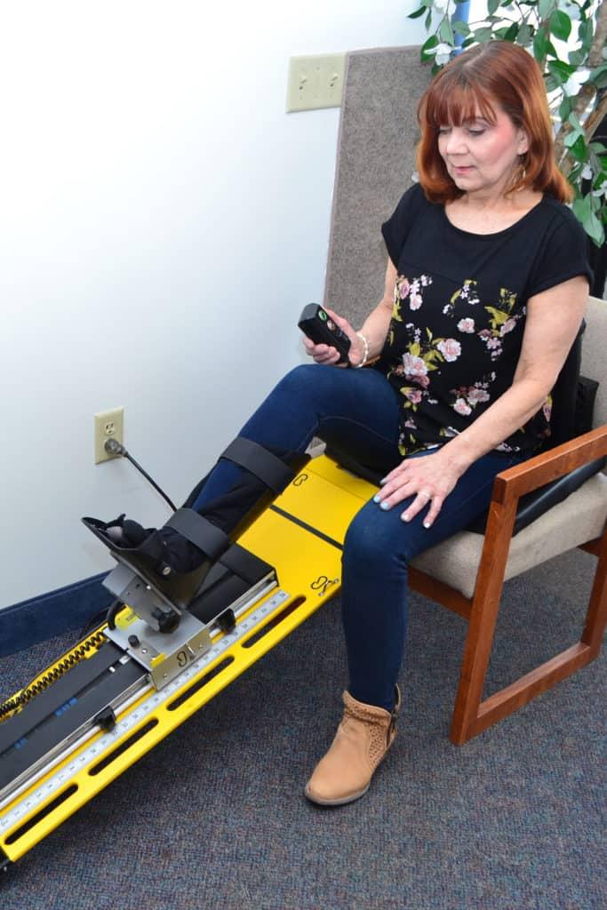 Knee Continuous Rehabilitation Machine CRM